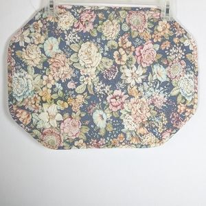 6 floral cottagecore quilted place mats